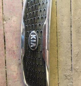 Решетка радиатора(хром) Киа Сорренто