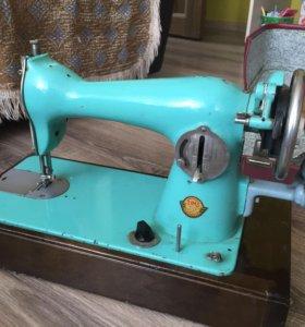 СССР швейная машинка