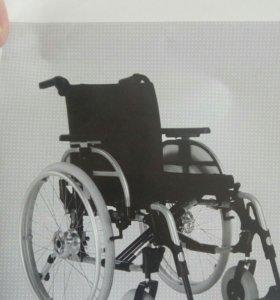 Германская инвалидная коляска,с ручным приводом