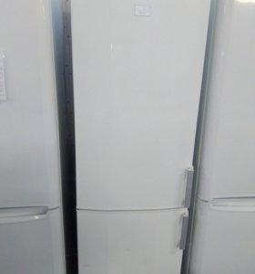 Холодильник AEG/Атлант