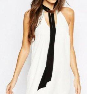 Легкое шифоновое платье белое с галстуком