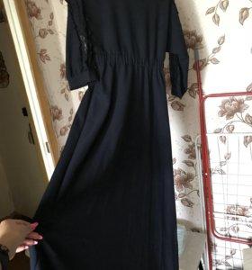 Вечернее платье в пол темно-синего цвета