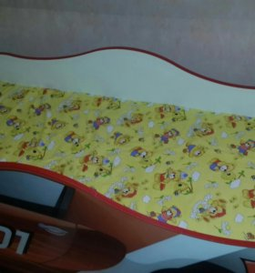 Детская кровать, машинка