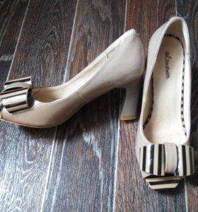 Оригинальныелакированные туфли