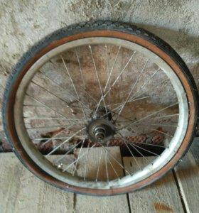 Заднее колесо на велосипед 20 радиус