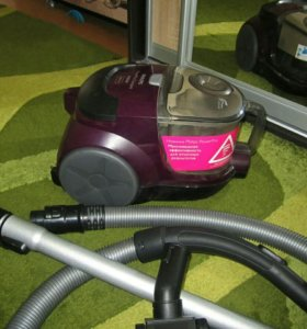 Продам Philips PowerPro Compact 1800 w