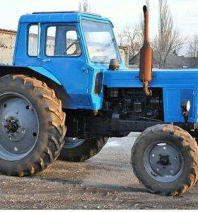 Трактор МТЗ-80 с роторной косилкой