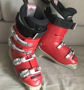 Горнолыжные ботинки Nordica