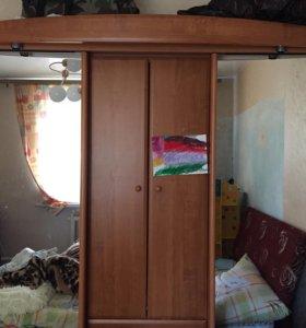 Вместительный шкаф,в очень хорошем состоянии