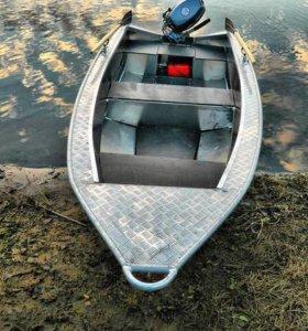Лодка Салют-360М