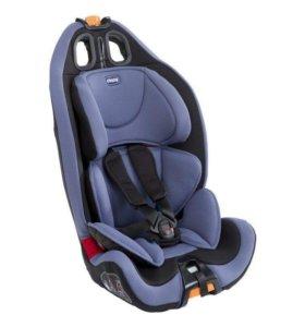 Кресло в машину chicco 1.2.3.