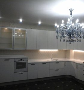 Кухни и шкафы
