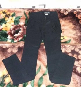 Продам тёплые брюки р.40-42