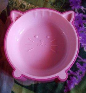 Миска для кошек