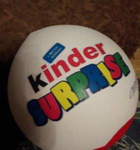 Огромный киндер сюрприз подарок в подарке