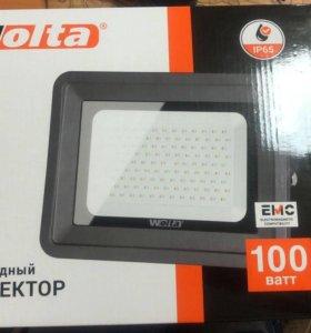 Светодиодный прожектор Wolta 100w