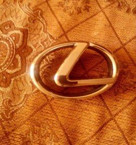 Эмблема лексус