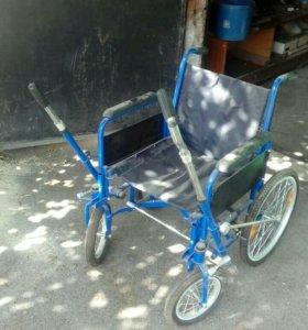 Ивалидная прогулочная коляска