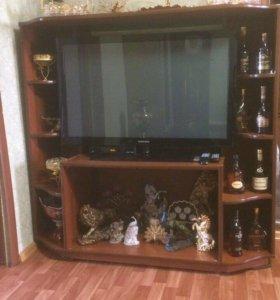 Подставка для телевизора и вещей