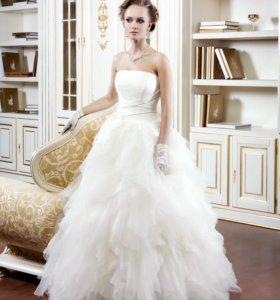 Свадебное платье р. 42-46