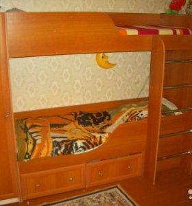 детская мебель: двухъярусная кровать 2 шкафчика