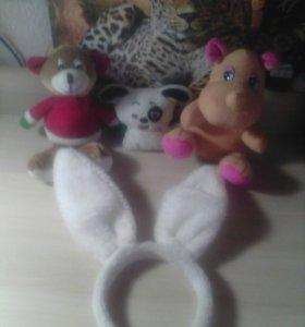 Ободок зайчьи ушки и мягкие игрушки