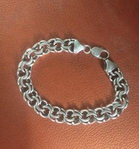 Продам  серебряный браслет.