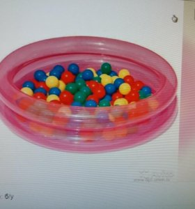 Сухой бассейн со 100 шариками