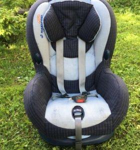 Автокресло кресло Maxi-cosi