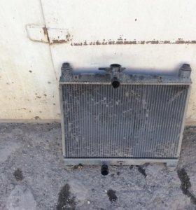 Радиатор охлаждения на Витц