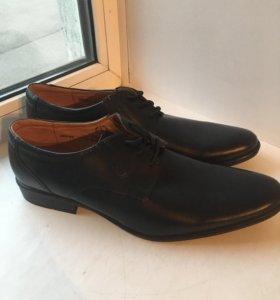 Кожаные ботинки новые
