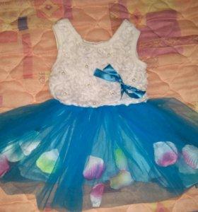 Платье 6-9 месяцев