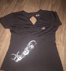 Продам футболку Адидас новую