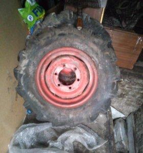 Колеса передние на трактор