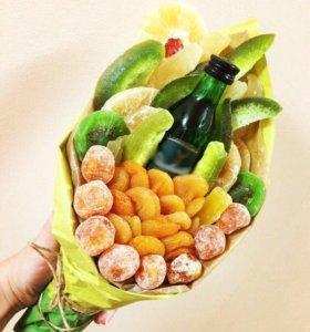 Вкусный букет из сухофруктов