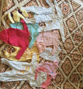 Пакет детских вещей до 3 месяцев +2 комбинезона