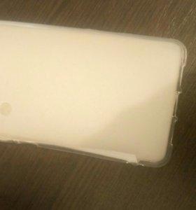 Продам чехол и стекло для телефона Sharp Aquas S2