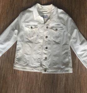 Джинсовая куртка 46
