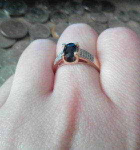 Кольцо с нат. сапфиром 585, 17 размер