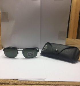 Продам солнцезащитные очки Ray Ban