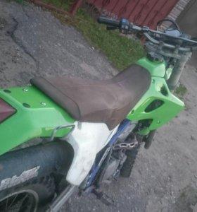Kawasaki klx 250-300 r 1998г