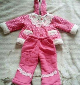 Утеплённый костюм для девочки на осень