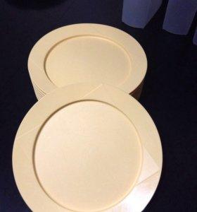 Тарелки Tupperware