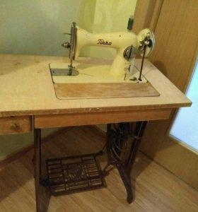 Швейная машина TIKKA