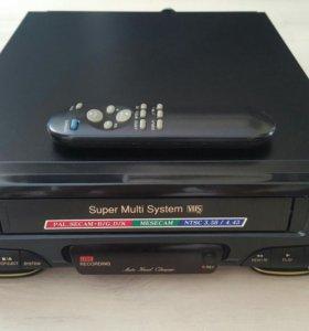 """Видеомагнитофон """"LG W162W"""""""