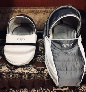 Коляска фирмы Zippi