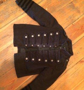 Джинсовая куртка на4-5лет