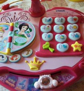 Телефон. Обучающий телефон игрушка.