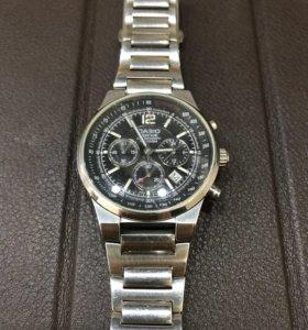 Часы CASIO с хронографом