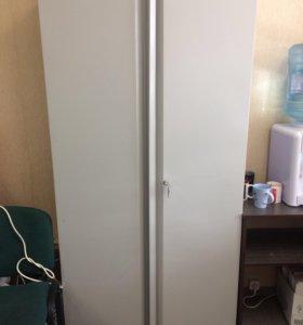 Офисный сейф для документов